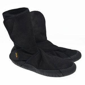 VIBRAM Sz 9 EU 38.5 Black Foot Wrap Boots